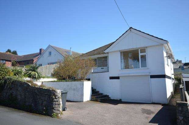 3 Bedrooms Detached Bungalow for sale in Ferndale Road, Teignmouth, Devon