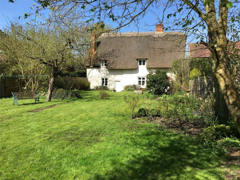 4 Bedrooms Detached House for sale in Thame Road, Stadhampton, Oxford, OX44