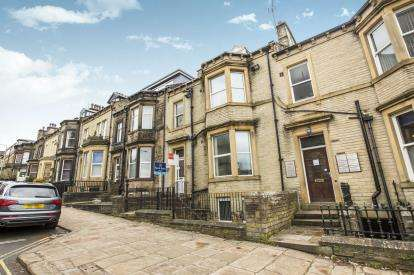10 Bedrooms Terraced House for sale in Prescott Street, Halifax, West Yorkshire
