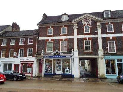 1 Bedroom Flat for sale in Blandford Forum, Dorset