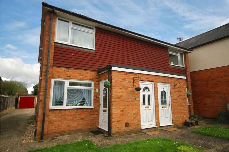 1 Bedroom Maisonette Flat for sale in Chantry Road, Chertsey, Surrey, KT16