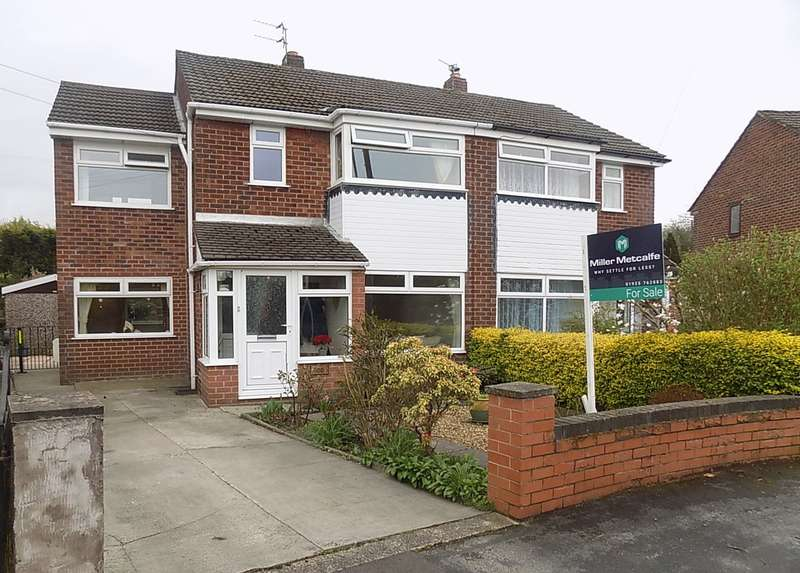 4 Bedrooms Semi Detached House for sale in Severn Road, Culcheth, Warrington, WA3