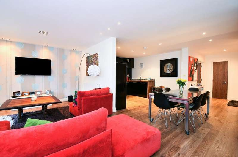2 Bedrooms Apartment Flat for sale in Widmore Road Bromley BR1