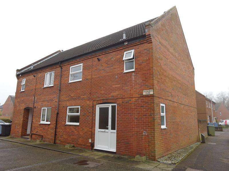4 Bedrooms Semi Detached House for sale in Taleworth Close, Clover Hill, Norwich