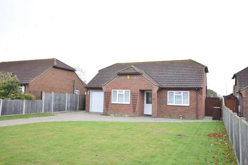 3 Bedrooms Detached Bungalow for sale in Little Clacton