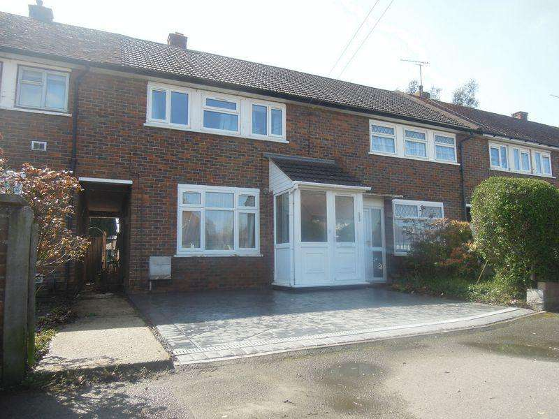 3 Bedrooms House for sale in Trelawney Avenue, Langley