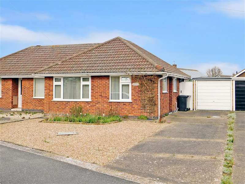 2 Bedrooms Semi Detached Bungalow for sale in Kingsthorpe Crescent, Skegness, , PE25 3PW