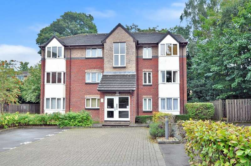 1 Bedroom Flat for sale in Westwood Court, High Street, West End, Southampton, SO30 3DT