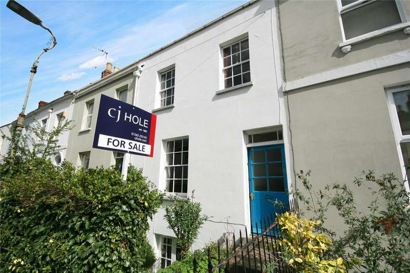 3 Bedrooms Terraced House for sale in Fairview Street, Cheltenham, Gloucestershire, GL52