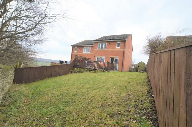3 Bedrooms Semi Detached House for sale in Wagtail Close, Blaydon