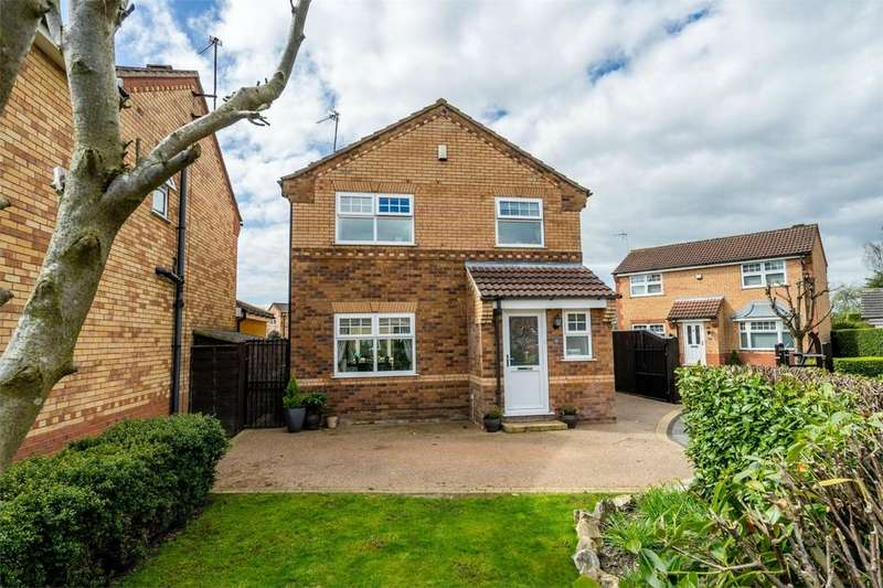 3 Bedrooms Detached House for sale in St James Close, YORK