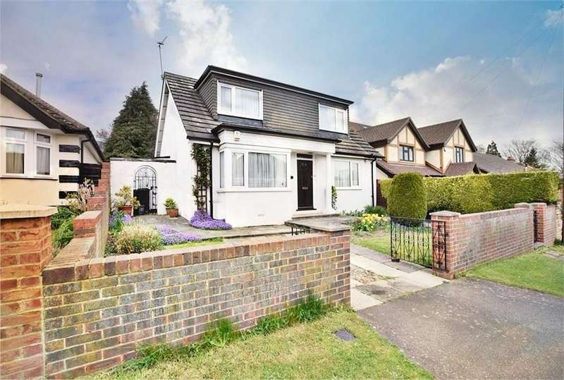 3 Bedrooms Detached Bungalow for sale in Trowley Rise, ABBOTS LANGLEY, Hertfordshire