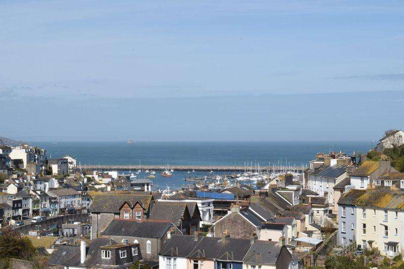 3 Bedrooms Apartment Flat for sale in Parkham Road, Brixham