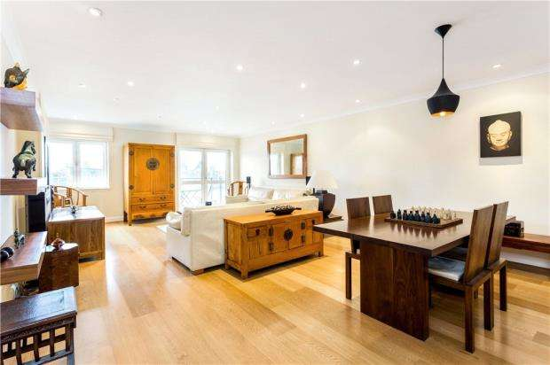 2 Bedrooms Flat for sale in Springalls Wharf Apartments, 25 Bermondsey Wall West, London