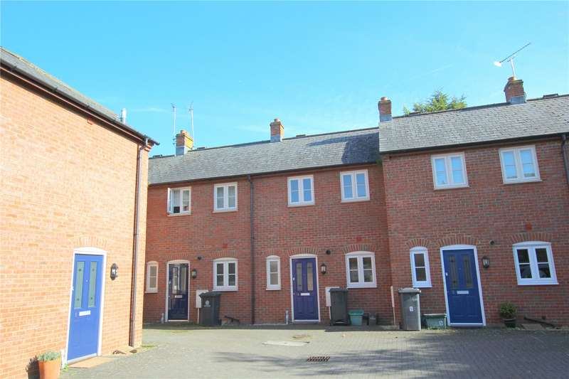 2 Bedrooms Terraced House for sale in Healey Mews Gloucester GL1