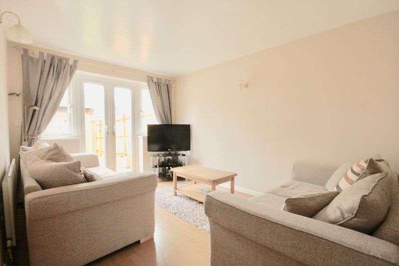 3 Bedrooms Property for sale in Deverel Road Charlton Down, Dorchester