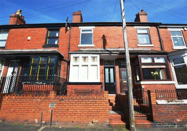 2 Bedrooms Terraced House for sale in Oxford Road, Basford, Newcastle