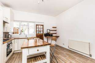 3 Bedrooms Terraced House for sale in Upper Lewes Road, Brighton, East Sussex, .