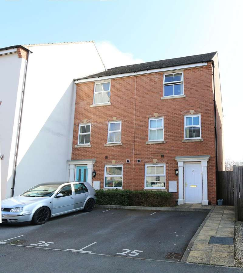 4 Bedrooms Semi Detached House for sale in Old Quarry Gardens, Mangotsfield, Bristol, Gloucestershire, BS16 9AF