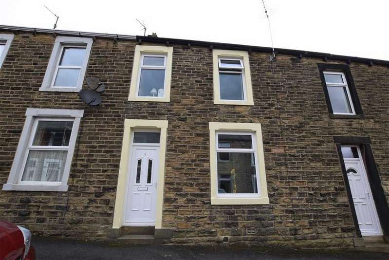 2 Bedrooms Terraced House for sale in Albion Street, Earby, Lancashire