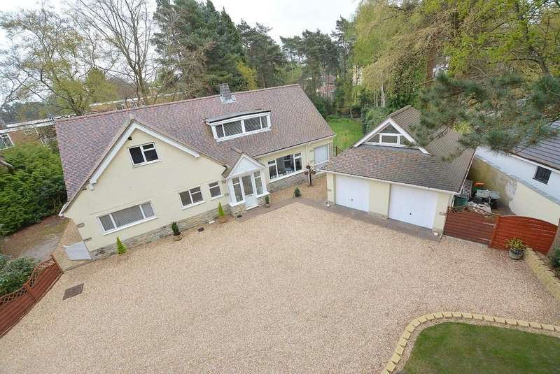 5 Bedrooms Chalet House for sale in Golf Links Road, Ferndown