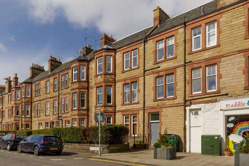 1 Bedroom Flat for sale in 2 (1F1) Craigcrook Place, Blackhall, Edinburgh, EH4 3NG