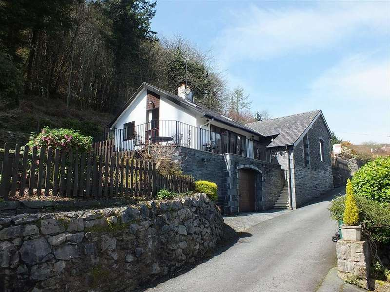 3 Bedrooms Detached House for sale in Jubilee Road, Trefriw