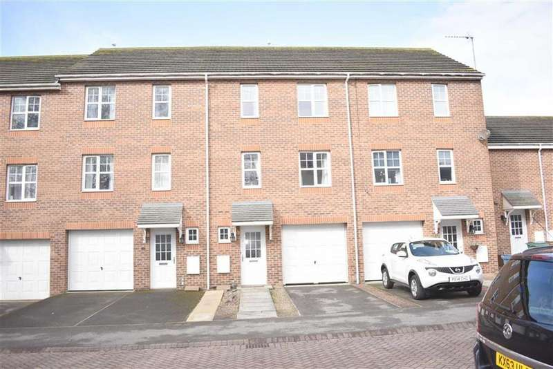 3 Bedrooms Town House for sale in Britannia Road, Bridlington