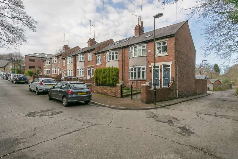 3 Bedrooms Flat for sale in Craghall Dene, Newcastle Upon Tyne