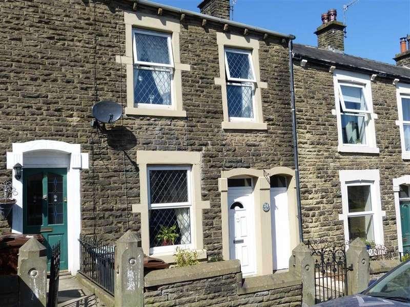 3 Bedrooms Terraced House for sale in Kiln Lane, Hadfield, Glossop