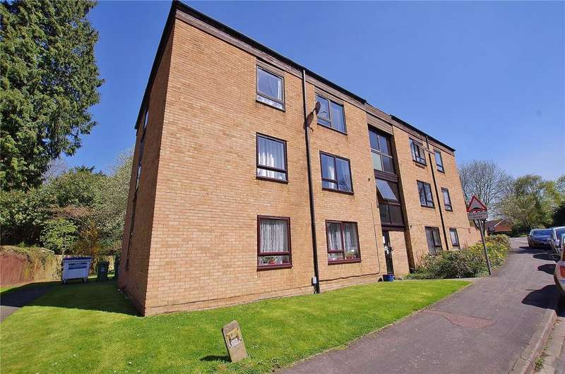 2 Bedrooms Apartment Flat for sale in Grandfield Avenue, Watford, Hertfordshire, WD17