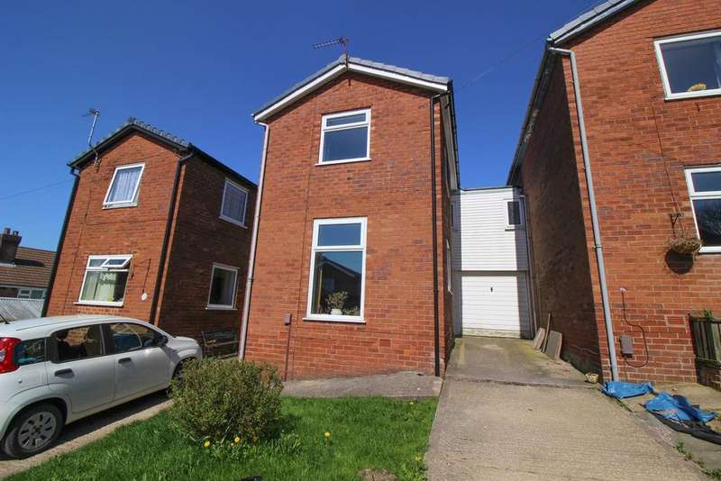 3 Bedrooms Link Detached House for sale in Milton Close, Marple, Stockport, SK6