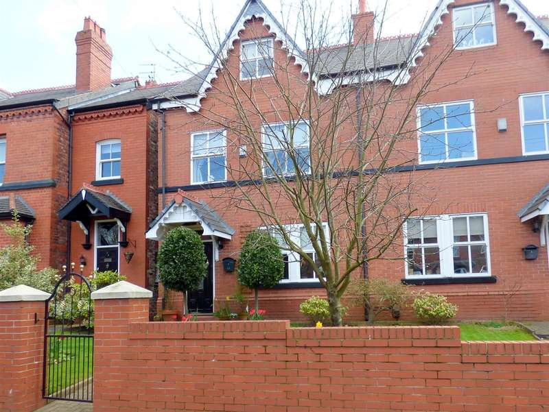 3 Bedrooms Semi Detached House for sale in Stanley Road, Huyton, Liverpool