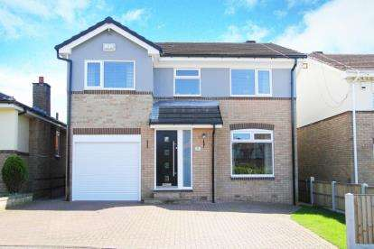 4 Bedrooms Detached House for sale in Hawksway, Eckington, Sheffield, Derbyshire