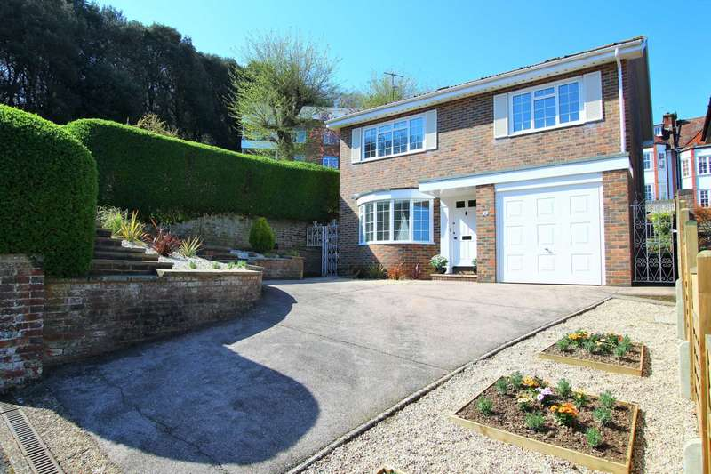 3 Bedrooms Detached House for sale in Rowsley Road, Eastbourne, BN20 7XS