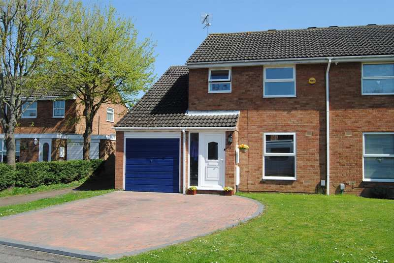 4 Bedrooms Semi Detached House for sale in Jupiter Drive, Leighton Buzzard