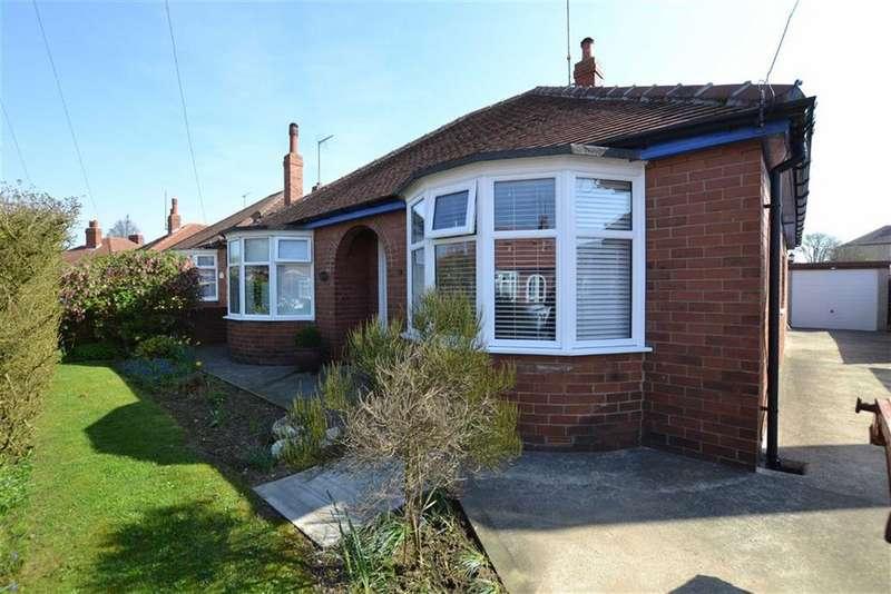 2 Bedrooms Detached Bungalow for sale in St Christopher Road, Bridlington, East Yorkshire, YO16