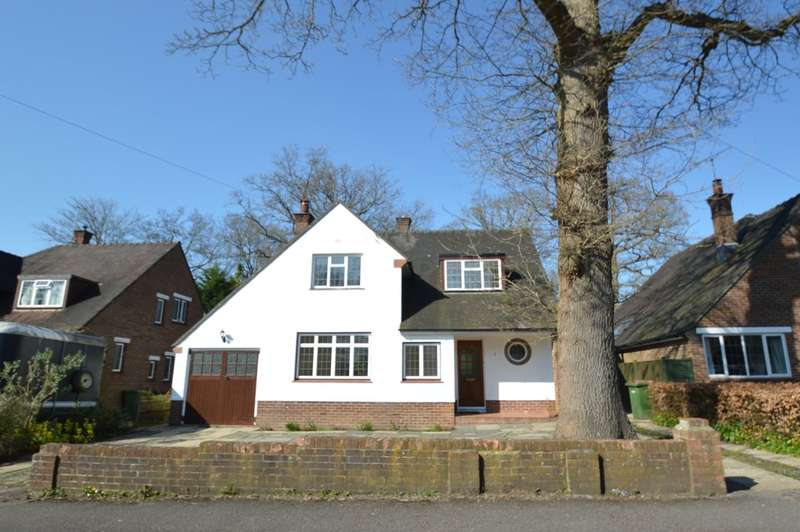 4 Bedrooms Detached House for rent in Forest Road, Chandler's Ford