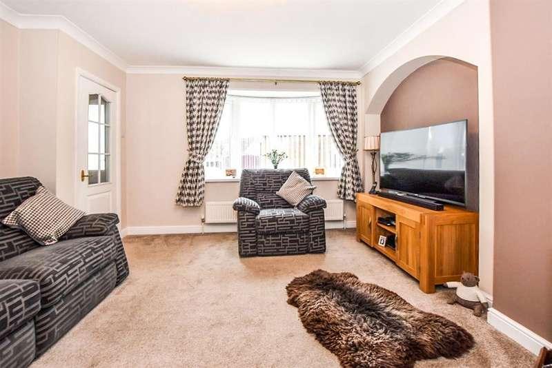 3 Bedrooms Semi Detached House for sale in Greenacres Grove, Brayton, Selby, YO8 9JU