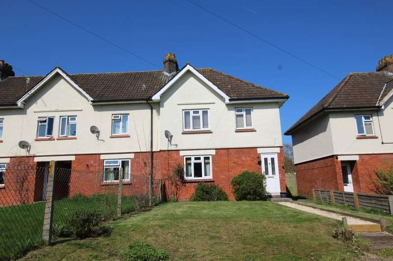3 Bedrooms Semi Detached House for sale in Abberd Way, Calne, SN11