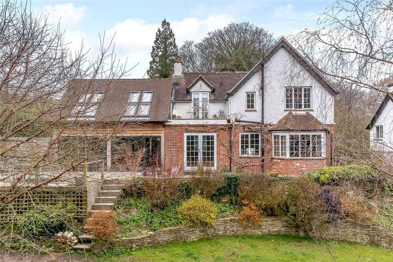 4 Bedrooms Detached House for sale in Collards Lane, Haslemere, Surrey