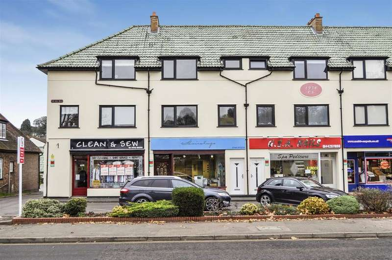 3 Bedrooms Duplex Flat for sale in London Road, Berkhamsted