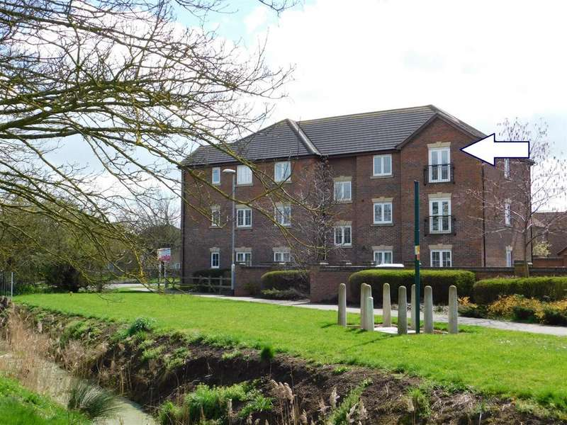 2 Bedrooms Flat for sale in Samuel John Way, Skegness, Lincs, PE25 2JZ