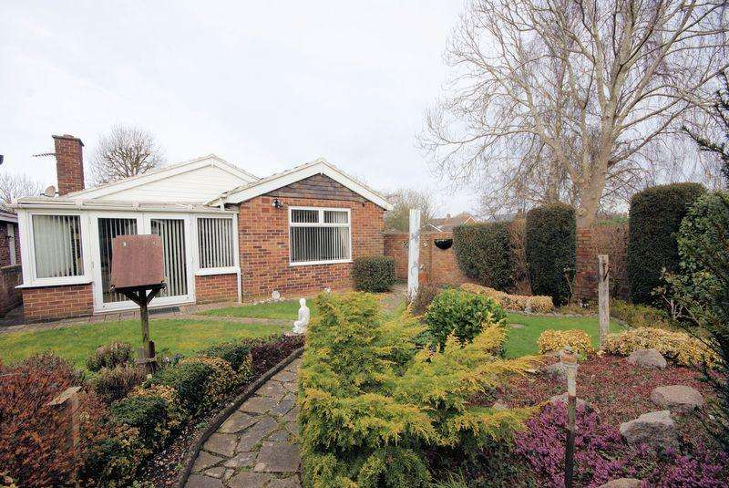 2 Bedrooms Detached Bungalow for sale in The Drive, Gosport