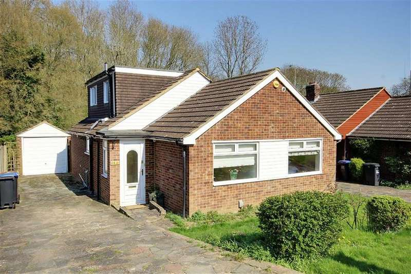 4 Bedrooms Bungalow for sale in Brookside Crescent, Cuffley, Hertfordshire