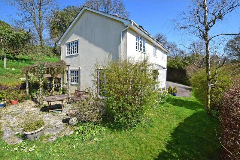 5 Bedrooms Detached House for sale in Stapley, Taunton, Somerset