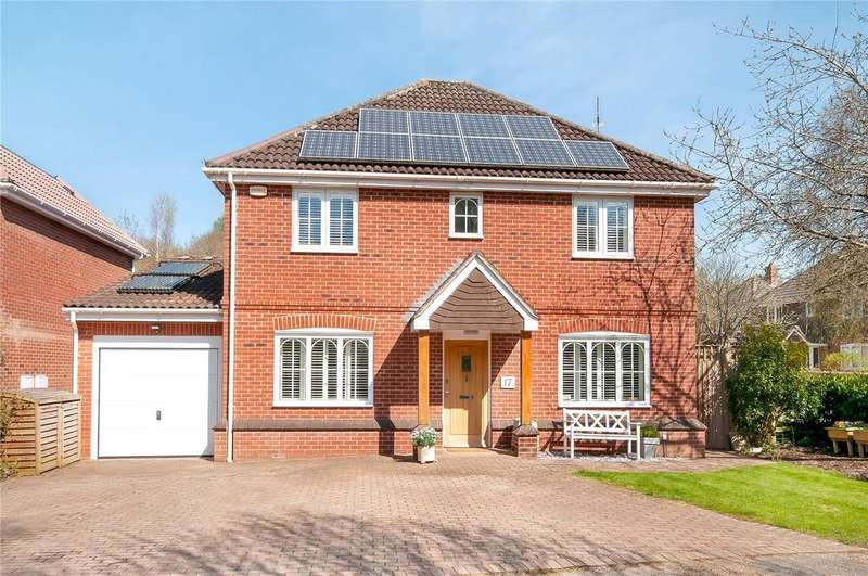 4 Bedrooms House for sale in Hawthorn Close, Colden Common, Winchester, Hampshire, SO21