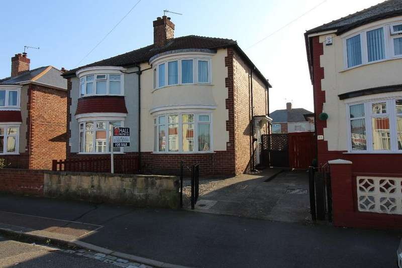 2 Bedrooms Semi Detached House for sale in Park Crescent, Parkside