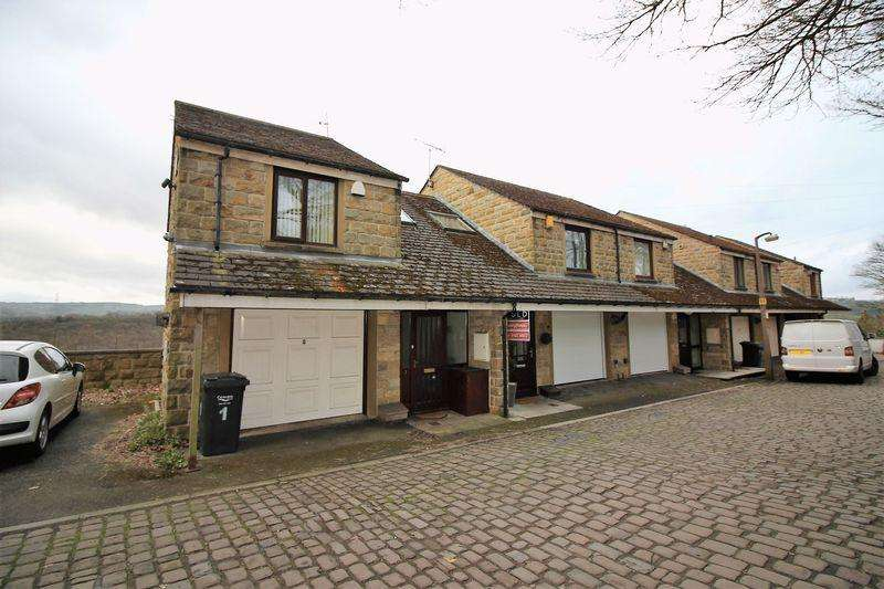 3 Bedrooms Town House for sale in New Lane, Skircoat Green, Halifax
