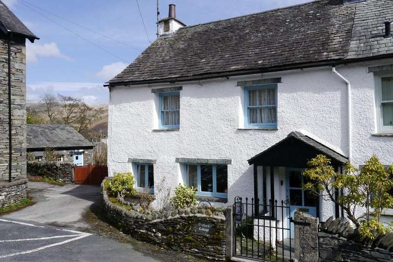 3 Bedrooms Semi Detached House for sale in Orchard Cottage, 1 Longmire Yeat, Troutbeck, Windermere, LA23 1PH